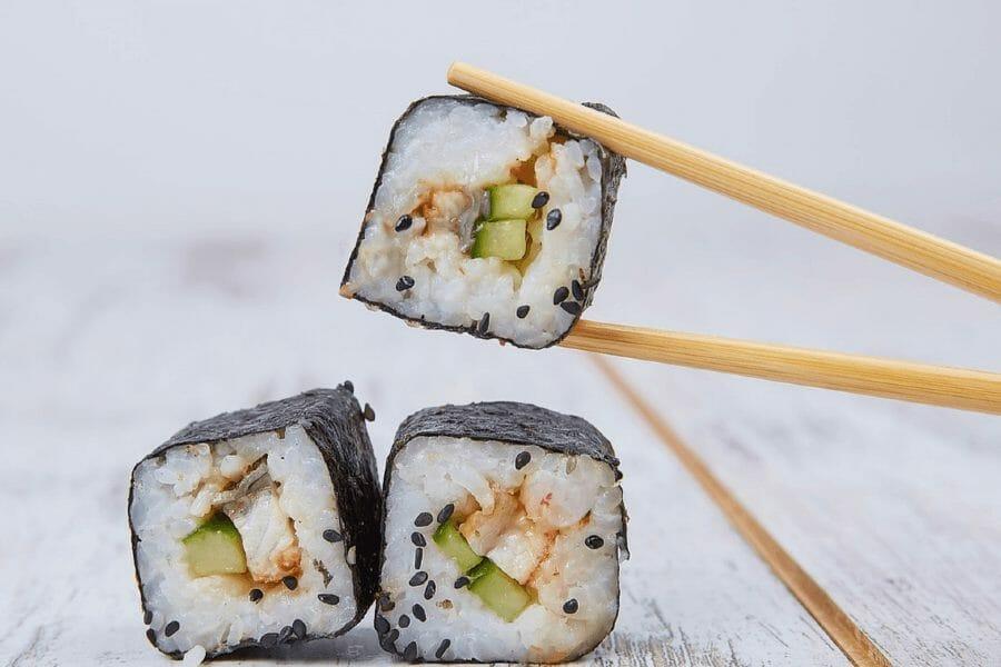 Seks fælles fejl at undgå, når du spiser Sushi